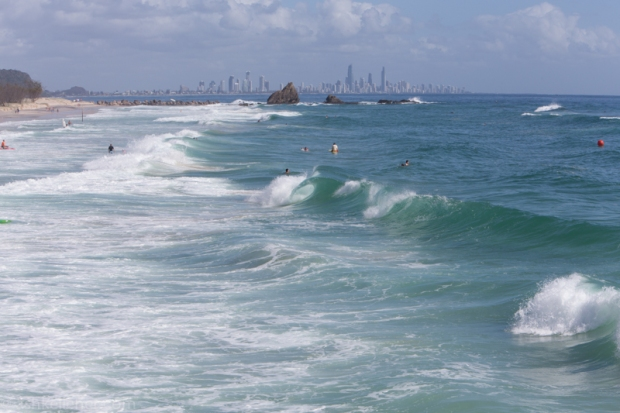 Small shore breaks in Currumbin.